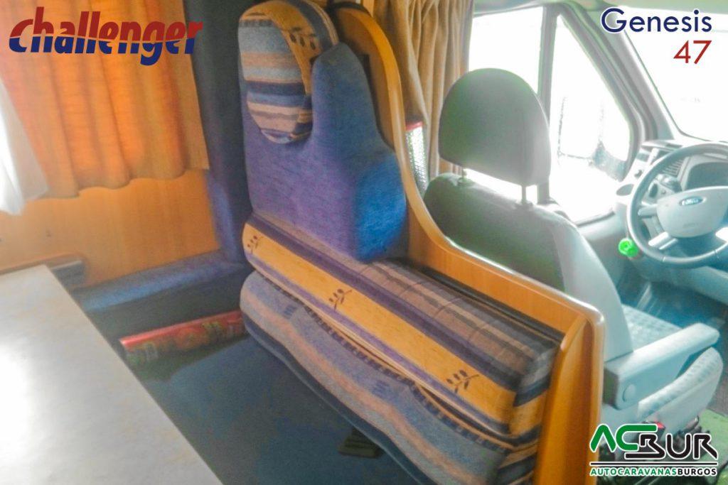 Autocaravana de segunda mano capuchina sofa