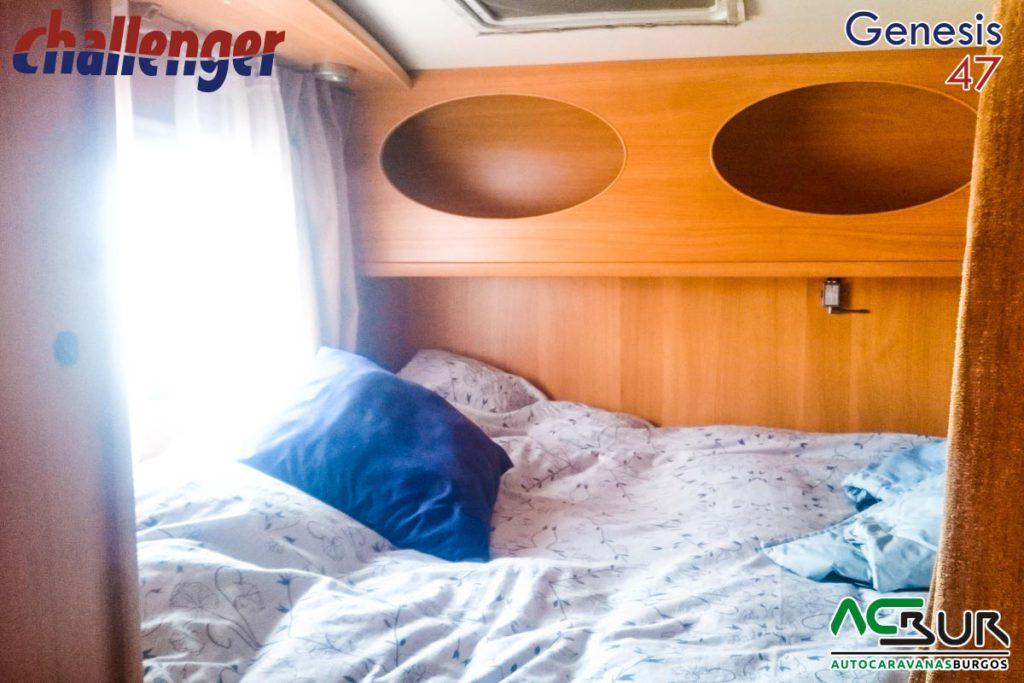 Autocaravana de segunda mano capuchina dormitorio trasero 2