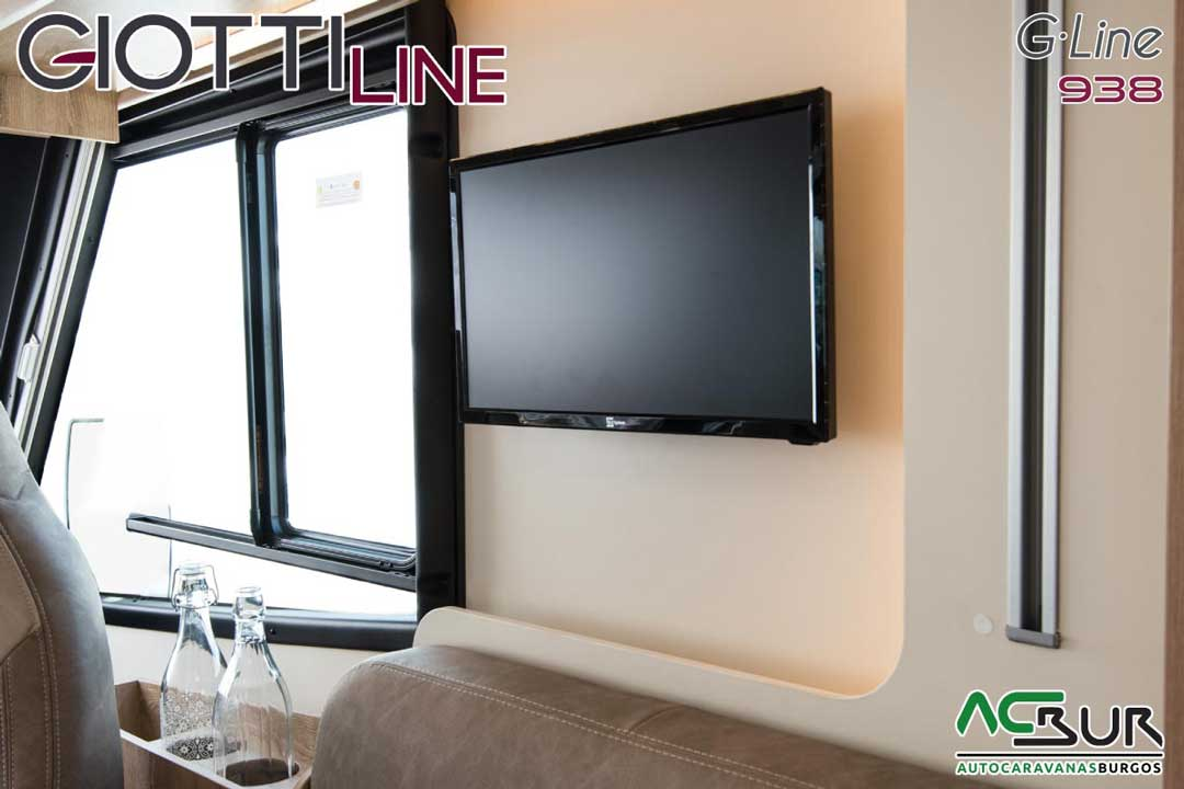 Autocaravana GiottiLine GL938 2020 televisión