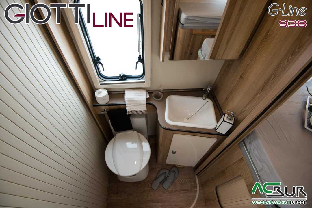 Autocaravana GiottiLine GL938 2020 baño