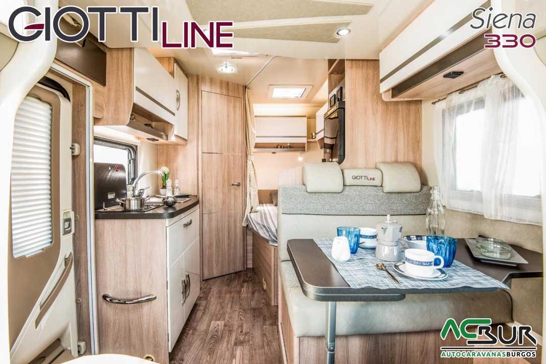 Autocaravana GiottiLine Siena 330 2020 salón