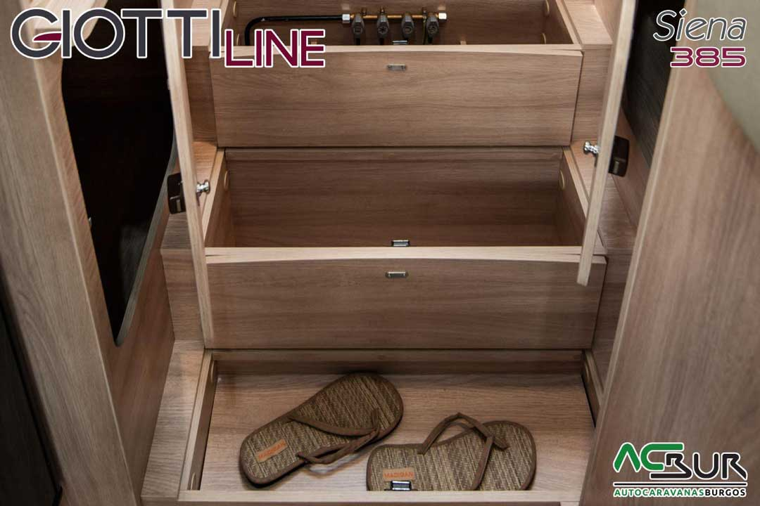Autocaravana GiottiLine Siena 385 2020 armarios