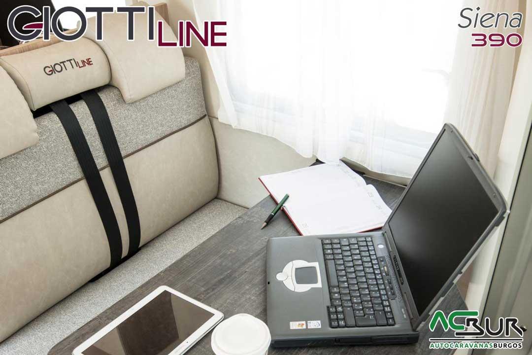 Autocaravana GiottiLine Siena 390 2020 comedor