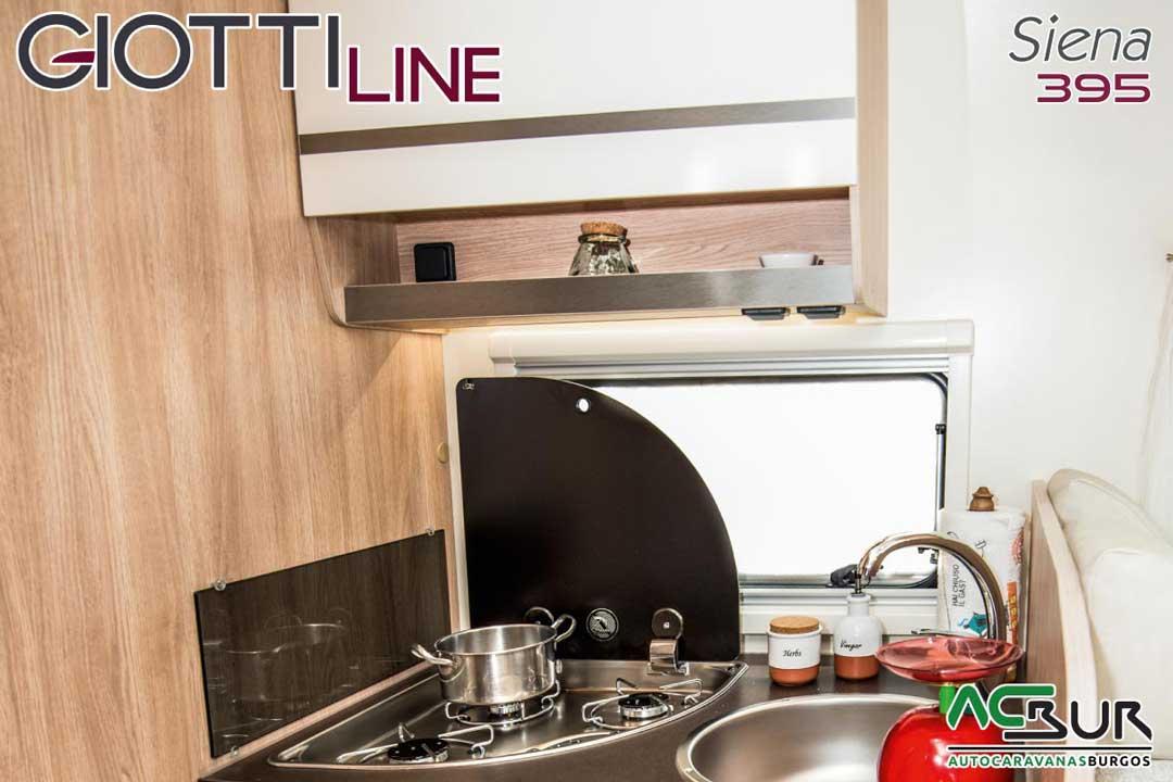 Autocaravana GiottiLine Siena 395 2020 fogones
