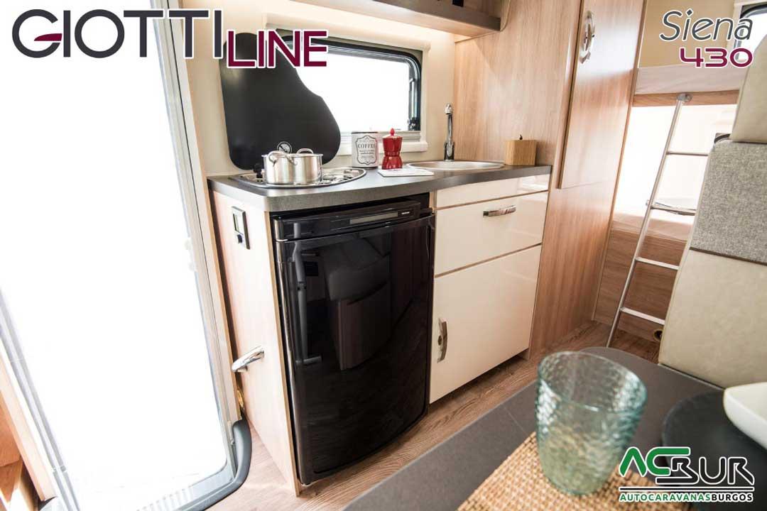 Autocaravana GiottiLine Siena 430 2020 cocina