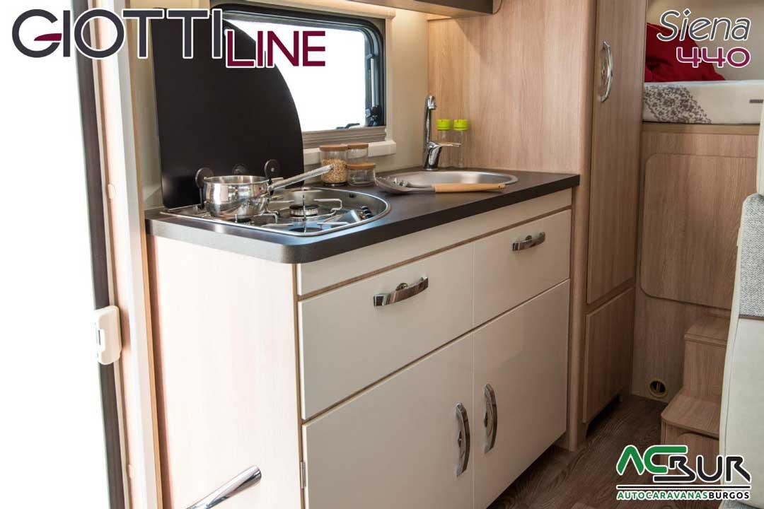 Autocaravana GiottiLine Siena 440 2020 cocina