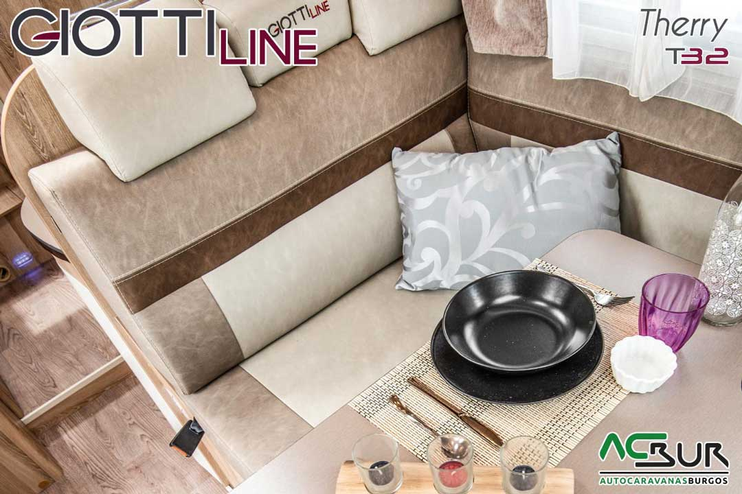Autocaravana GiottiLine Therry T32 2020 comedor