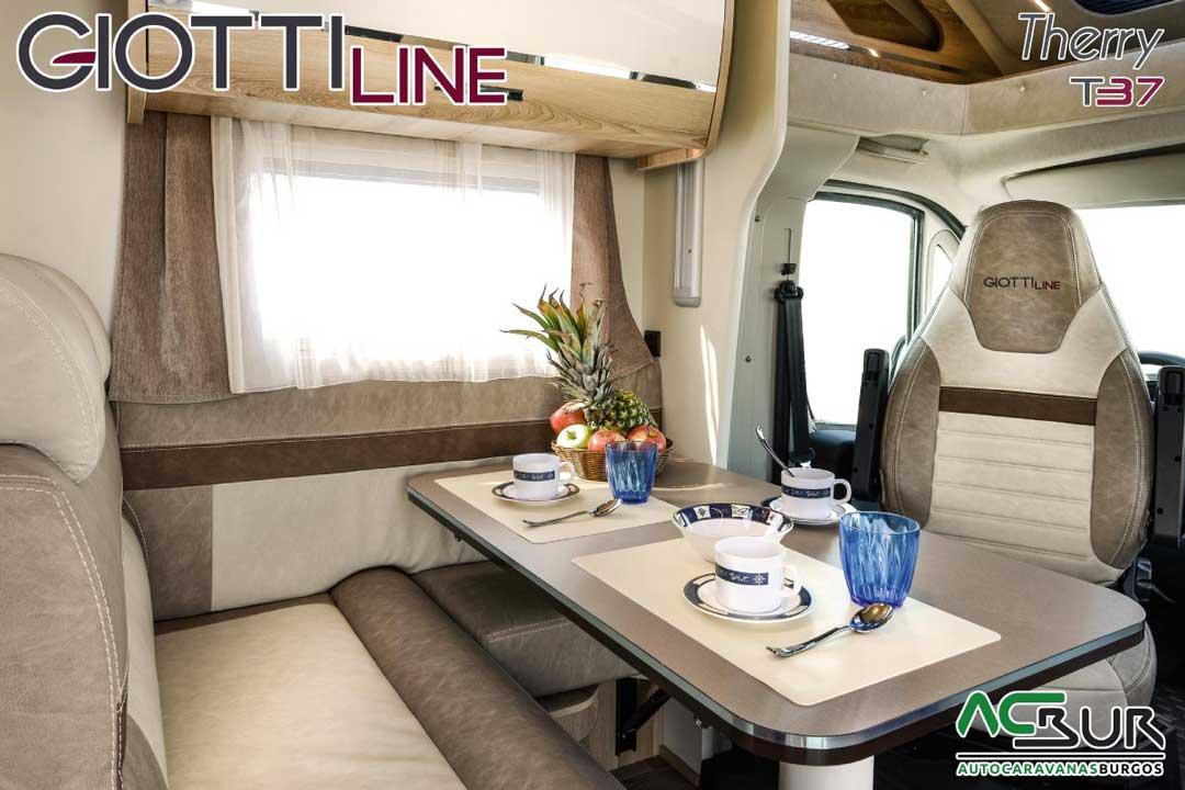Autocaravana GiottiLine Therry T37 2020 comedor