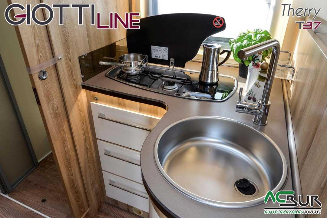 Autocaravana GiottiLine Therry T37 2020 cocina