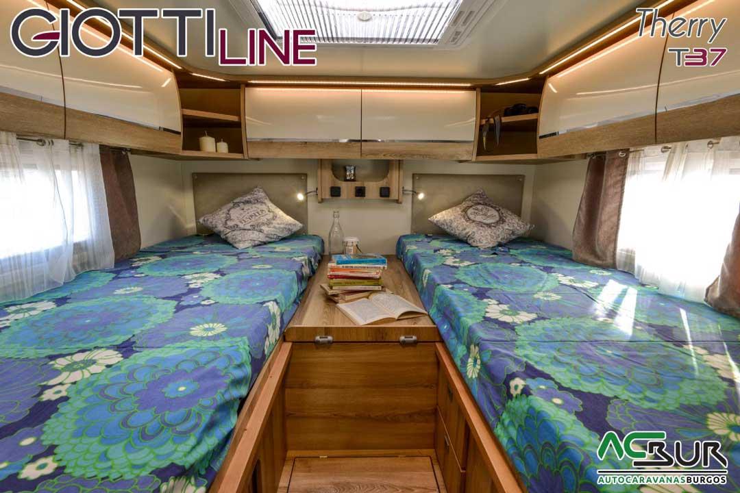 Autocaravana GiottiLine Therry T37 2020 dormitorio