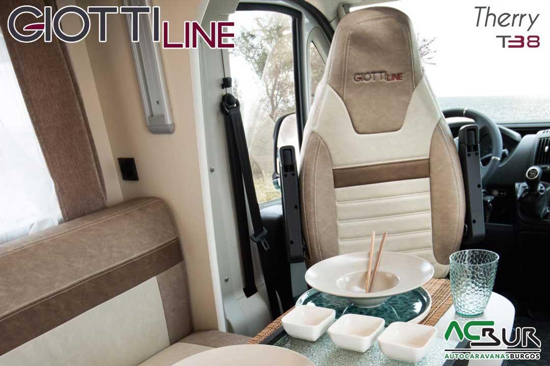 Autocaravana GiottiLine Therry T38 2020 asientos