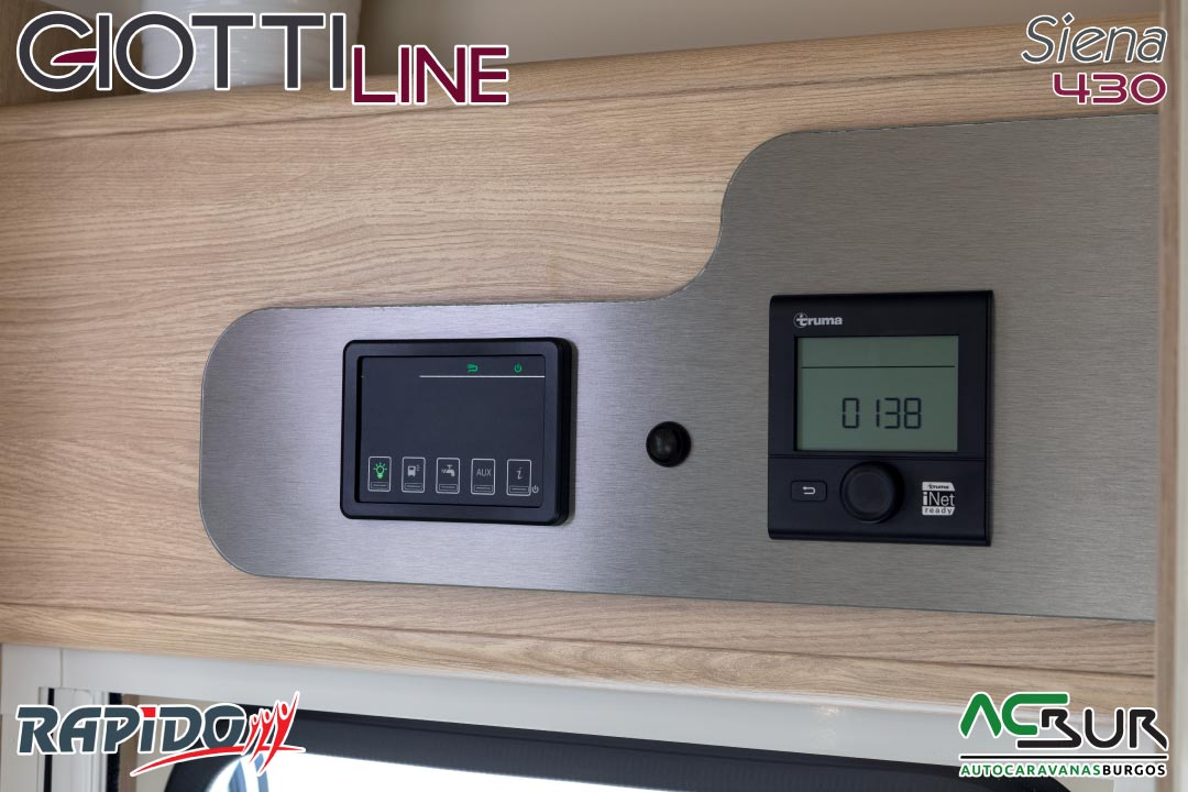 Autocaravana GiottiLine Siena 430 2021 paneles de control