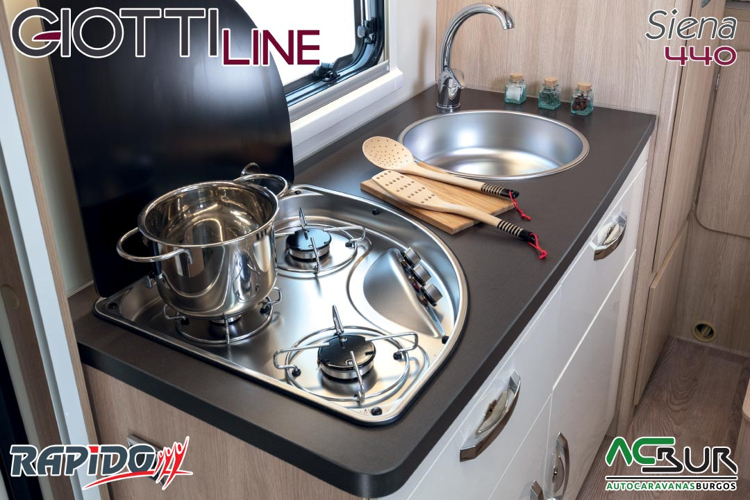 GiottiLine Siena 440 2021 cocina