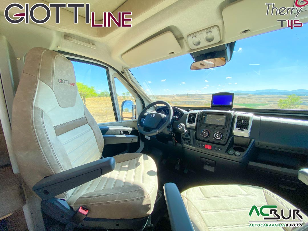GiottiLine Therry T45 2021 piloto